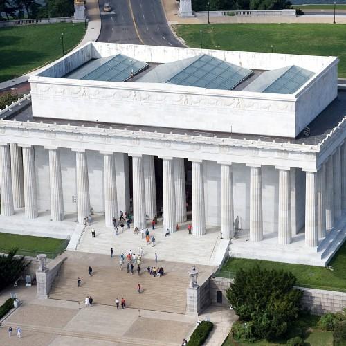 Lincoln_Memorial_east